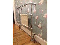 Traditional Bathroom Heated Towel Rail Column Radiator White & Chrome