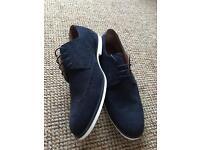 Men's navy shoes size 11