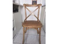 Stylish and comfortable brand new set of 4 Oak Dinning chairs !!