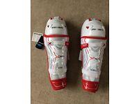 """Bauer Vapour X900 Leg Guards 16"""""""