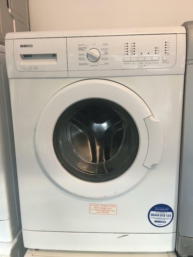 Beko washing machine 5kg white
