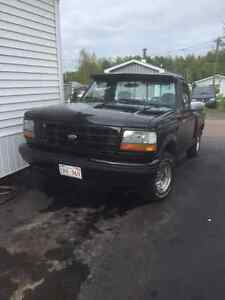 1992 Ford F150 Flareside 302 fuel injected Aut-PS-PB-Cruise-Tilt