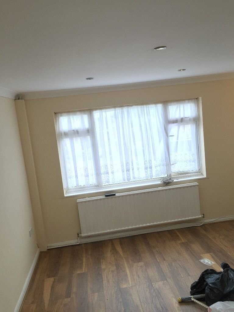 2 Double Bedrooms Big Reception room on 2nd floor Flat in Medway Court Whalebone Ln South RM8.