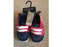 Baby boy shoes bnwt