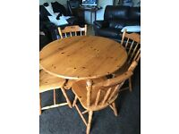 Pine round table with 4 chairs