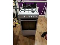 Gas oven for sale, Only 6 months old