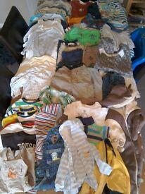 Biys bundle of clothes 6 to 9 months. E