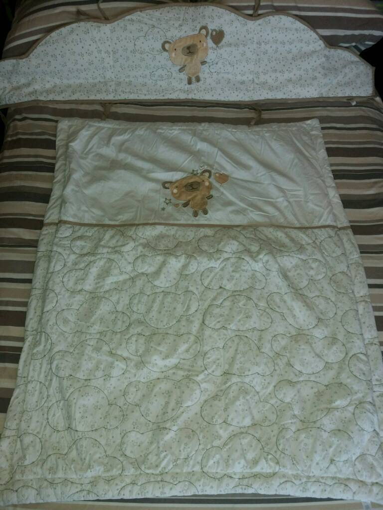 Unisex Cot bed cover and bumper