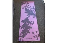 LIKE NEW-Yoga Mat
