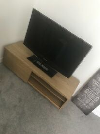 Tv stand and side table for sale