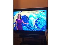 """Panasonic TX-32LZD85 32"""" Full HD Stunning Picture and Sound Quality"""