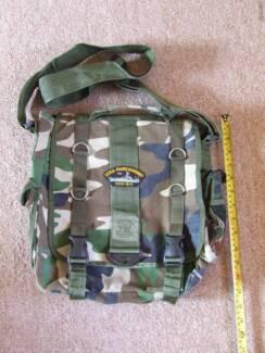 Camo sling bag - New!
