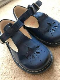 Clarks first shoes girls navy patent 5G