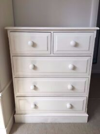 Beautiful pine chest of drawers in white