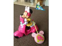 Mini mouse remote control scooter play set