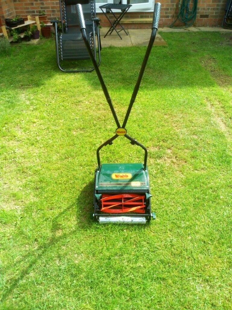 Manual Lawnmower £5