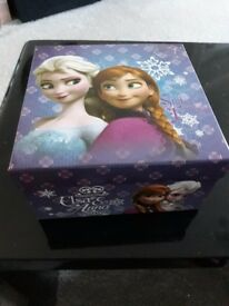 FROZEN FILLED GIRLS GIFT BOXES, BOWS, SHOWER GEL,