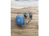 Beats Powerbeats2 Wireless In Ear Headphones - Black/Grey
