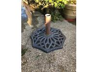 Wrought iron parasol/umbrella stand