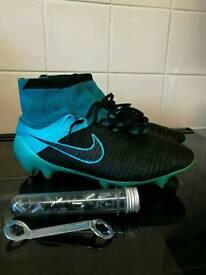 SIZE 6 Nike Magista Obra sock boots