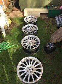 18 inch 5 stud alloy wheels