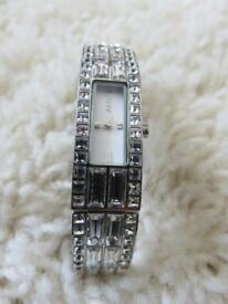 Ladies D K N Y bracelet watch