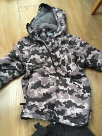 Boys ski jacket size 10/11