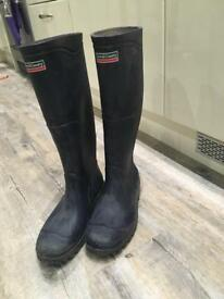 Size 7 Wellies Town and Country