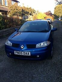 RENAULT MEGANE CABRIOLET 1.6 VVT DYNAMIQUE 2005 WITH PANORAMIC ROOF