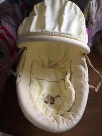 MOSES BASKET WITH A STAND MAMAS AND PAPAS
