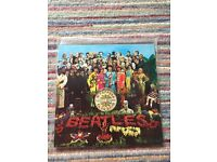 Sgt. peppers vinyl record excellent condition