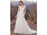 Wedding dress - Maggie Sottero Hensley size 12