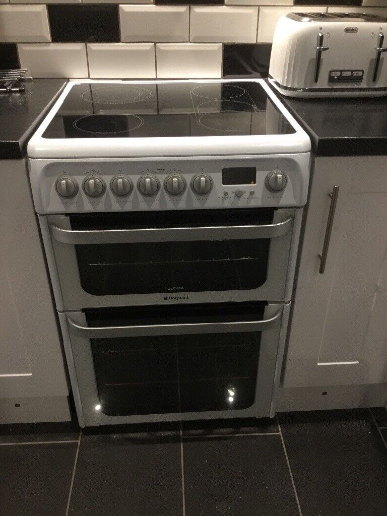 Hotpoint Hue62ps Cooker With New Spare Glass Hob And Glass Door In