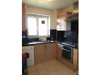A Very Spacious 3 Bed Flat Located close to Mile End & Stepney Station
