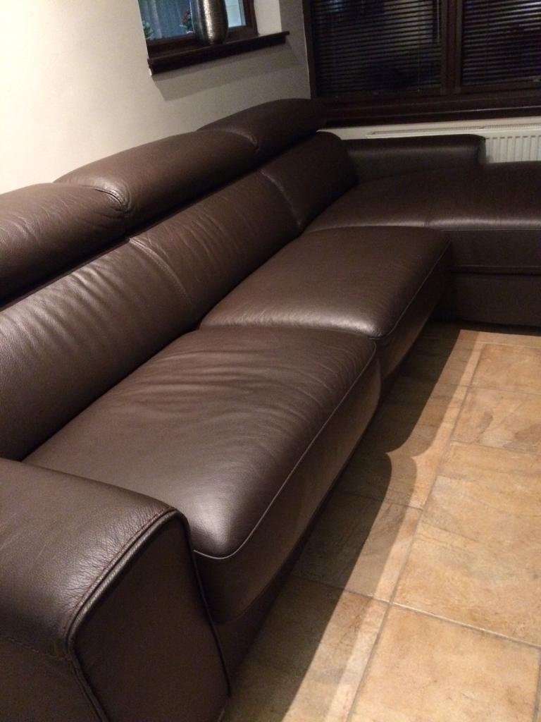 Leather L shaped sofa/sofa bed with built in storage   in ...