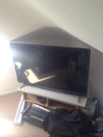 "50"" hitachi smart tv"
