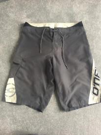 Men's O'Neill grey shorts size medium - collect S35