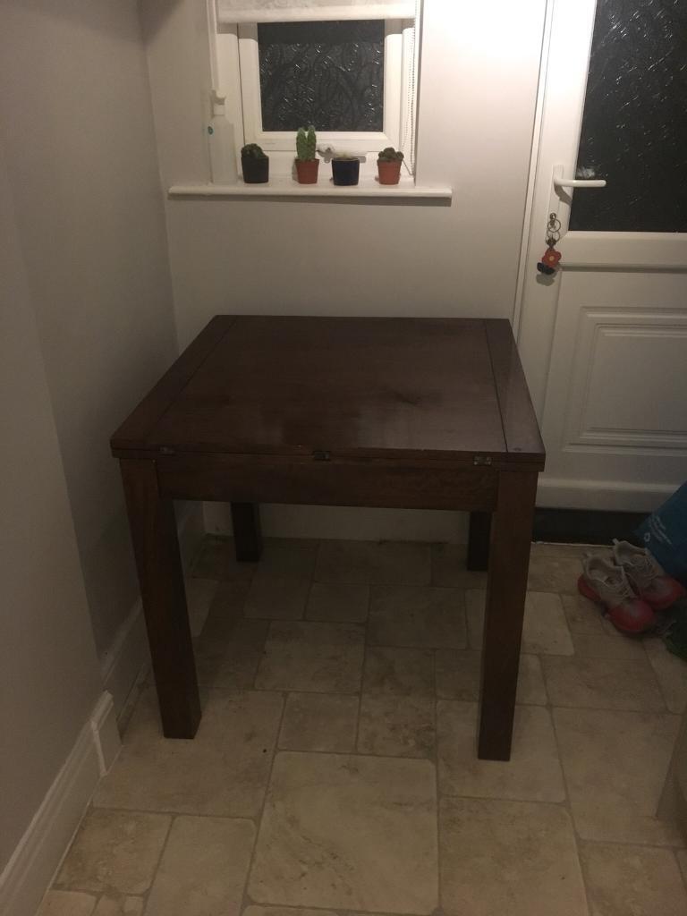 Next extendable table