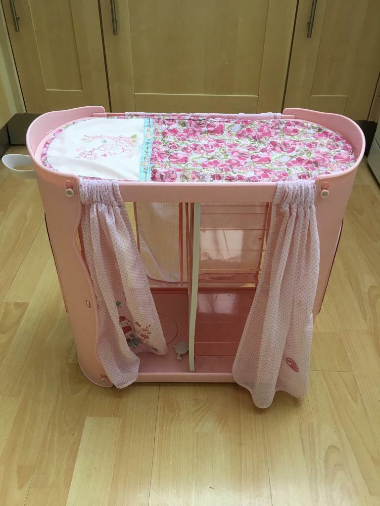 Baby Annabell Baby In Wardrobe And Changing Table In - Anna bell baby wardrobe