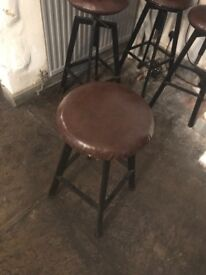 Sofa and bar stools for sell 15£