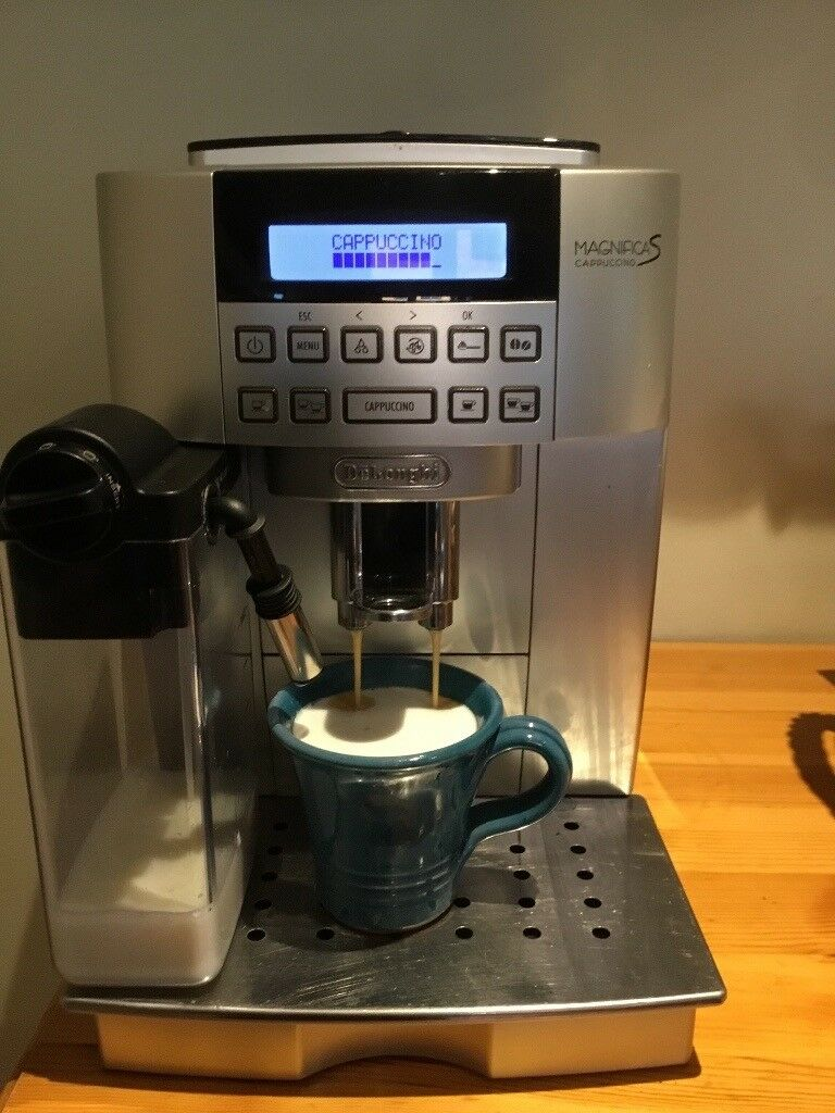 delonghi magnifica s ecam bean to cup coffee machine in locks heath hampshire gumtree. Black Bedroom Furniture Sets. Home Design Ideas