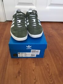 Men's Adidas Gazelle trainers size 8 EU 42
