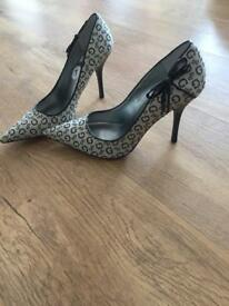 New GUESS Heels Shoes