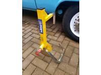 Bulldog wheel clamp high security