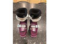 Ski boots child size 19