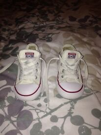 Girls infant size 8 white converse used