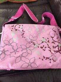 Pink flower pattern Laptop bag