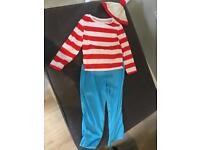 Where's wally outfit -