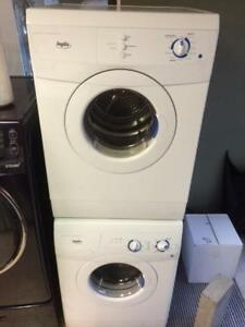 9-  Laveuse Sécheuse Frontales MINIS INGLIS   24  Frontload Washer Dryer