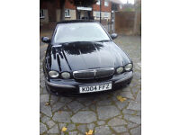 JAGUAR X-TYPE 2.5 SE {AWD} 2004 F/S/H IN BLACK WITH CREAM LEATHER